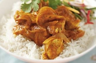350 cals/17g fat per portionSpice up your week with this easy chicken tikka masala. This recipe surprisingly contains no low-fat ingredients, however is still under 500 cals - result! With the creamy masala sauce and tender chicken breast, this dish lets you enjoy a healthier version of your favourite takeaway.