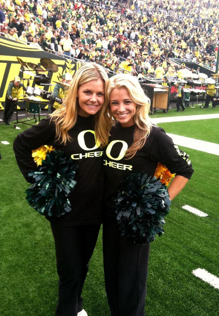 Oregon Cheerleaders by ESPN Sports Oregon cheerleaders