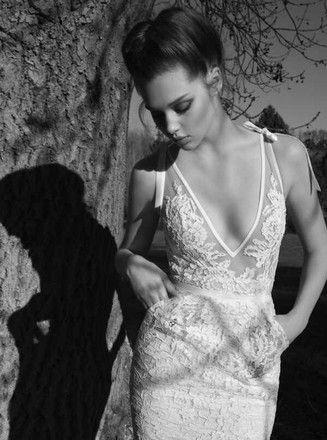 Inbal Dror White Lace 13-05 Feminine Wedding Dress Size 2 (XS) - Tradesy