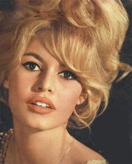 Brigitte Bardot: in my opinion, one of the hottest women... Ever
