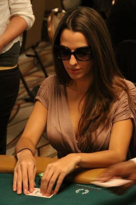 16 Best Girls Amp Poker Images On Pinterest Poker Casino