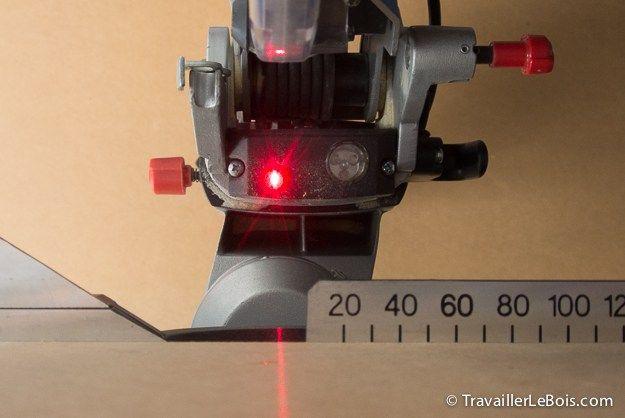 Réglage du laser de la scie à onglet Metabo KGS 216 M