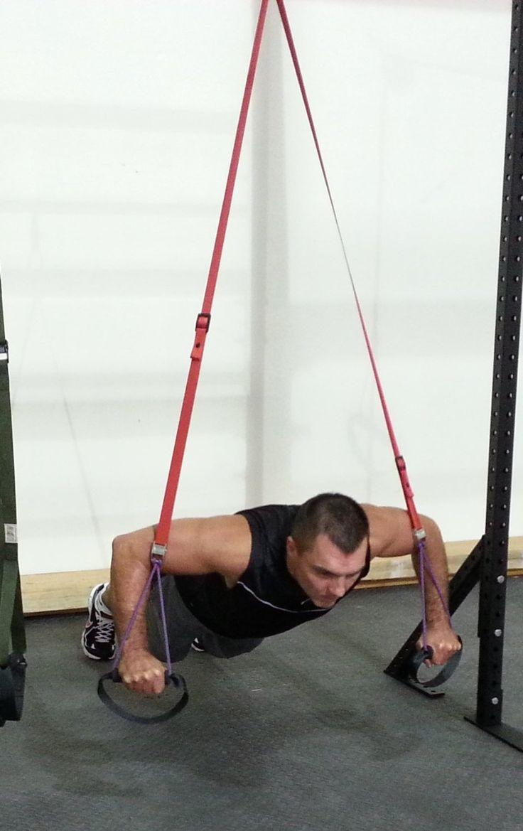 El sistema fue ideado en losNavy Seals,paratrabajar de forma conjunta la fuerza, la flexibilidad y el equilibrio. Y puedes comprarlo para tu entrenamiento