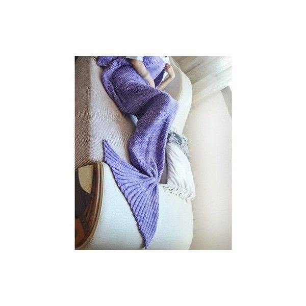 Rotita Knitted Purple Mermaid Tail Shape Blanket (75.725 COP) ❤ liked on Polyvore featuring home, bed & bath, bedding, blankets, purple, acrylic blanket, patchwork bedding, mermaid bedding, purple blanket and purple bedding