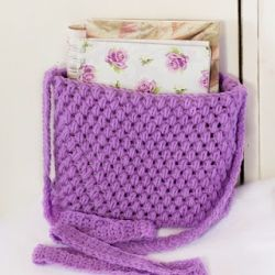 Free and Easy Pattern to crochet a Purse!Free Pattern, Crochet Projects, Crochet Bags, Diy Bags, Bags Pattern, Totes Bags, Crochet Purses, Crochet Pattern, Crochet Knits