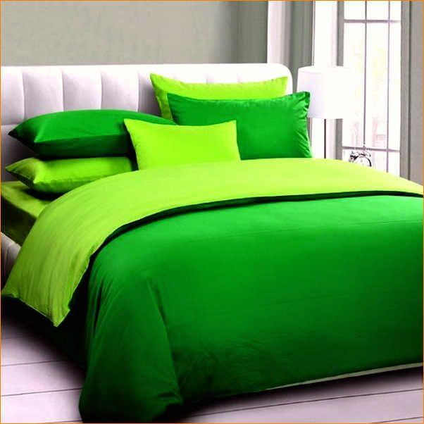 Best 25+ Green comforter ideas on Pinterest | Green ...
