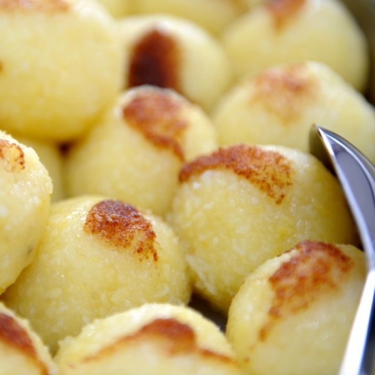 This recipe for German Potato Dumplings is easy to make and delicious served with any meat meals that have gravy.. Potato Dumplings Recipe from Grandmothers Kitchen.
