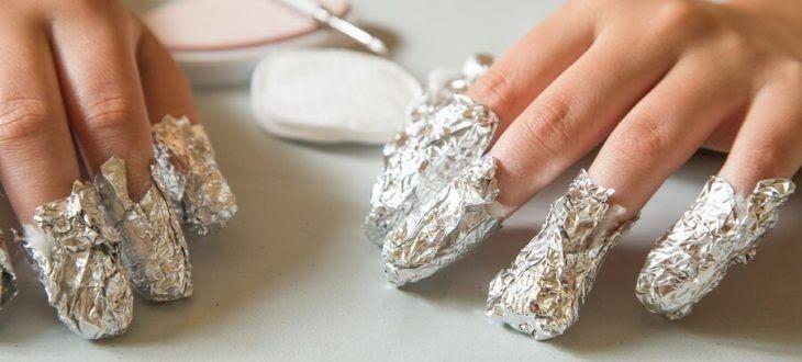 Wraio Kai Kalo To Hmimonimo Sta Nyxia Alla Otan Perasoyn Oi Dyo Peripoy Ebdomades Ti Kaneis Otan To N Gel Nail Removal Remove Acrylic Nails Take Off Gel Nails