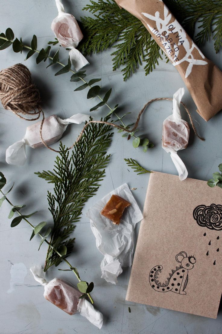 Christmas Presents | Photography and Styling by Sanda Vuckovic | Little Upside Down Cake
