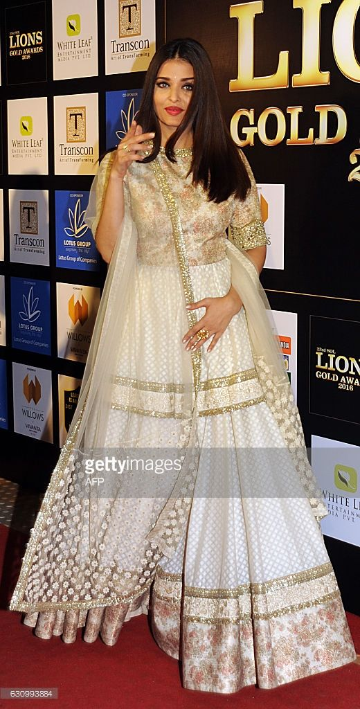 Indian Bollywood actress Aishwarya Rai Bachchan poses as she attends the Lions Gold Awards 2016 in Mumbai late January 4. 2017. /