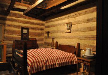 5 Best Early American Bedroom Furniture