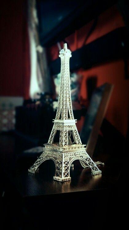 Eifel tower decor