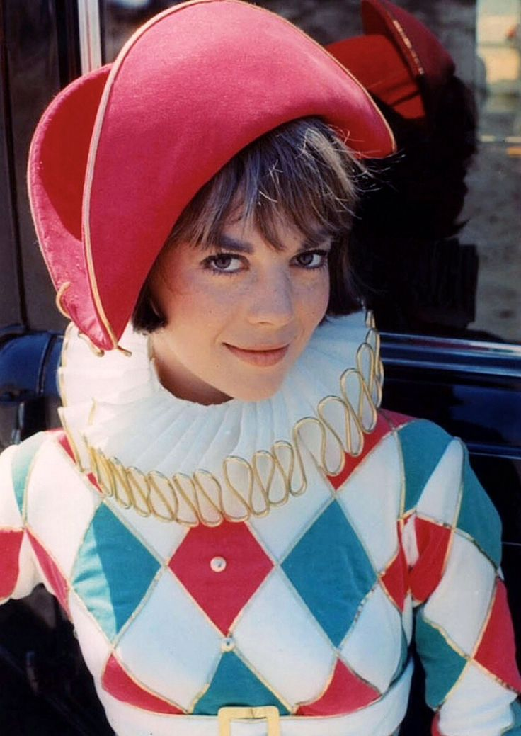 Natalie Wood has a harlequin costume.
