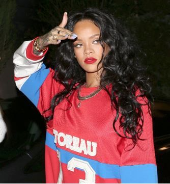 Rihanna Long Black Curly Hair Long Hair Pinterest