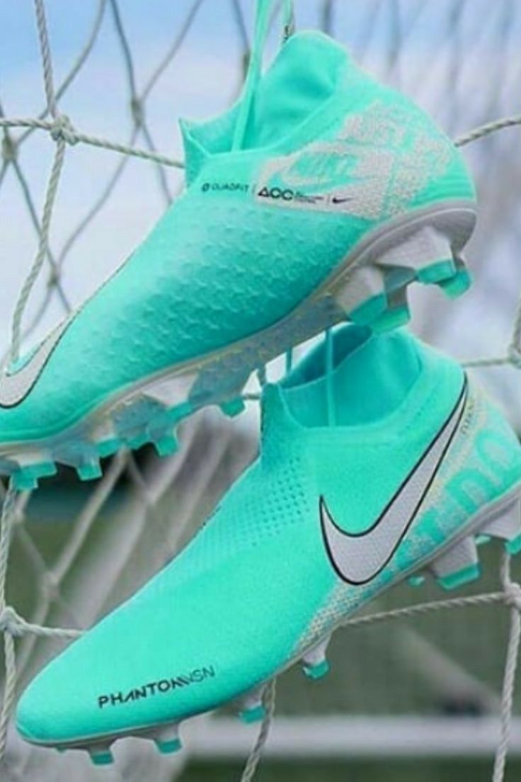 Pin By Emanuel Arce On Football Soccer Cleats In 2020 Womens Soccer Cleats Soccer Cleats Nike Girls Soccer Cleats