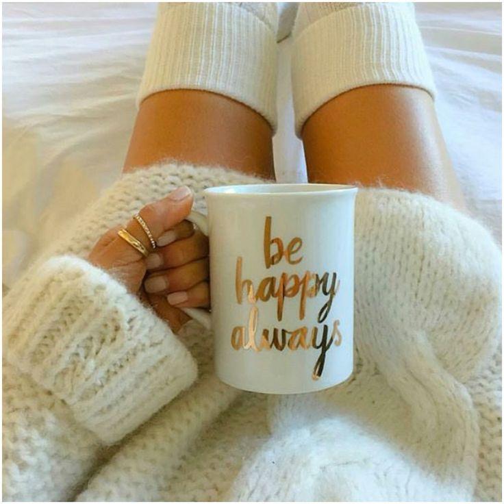 White and gold mug