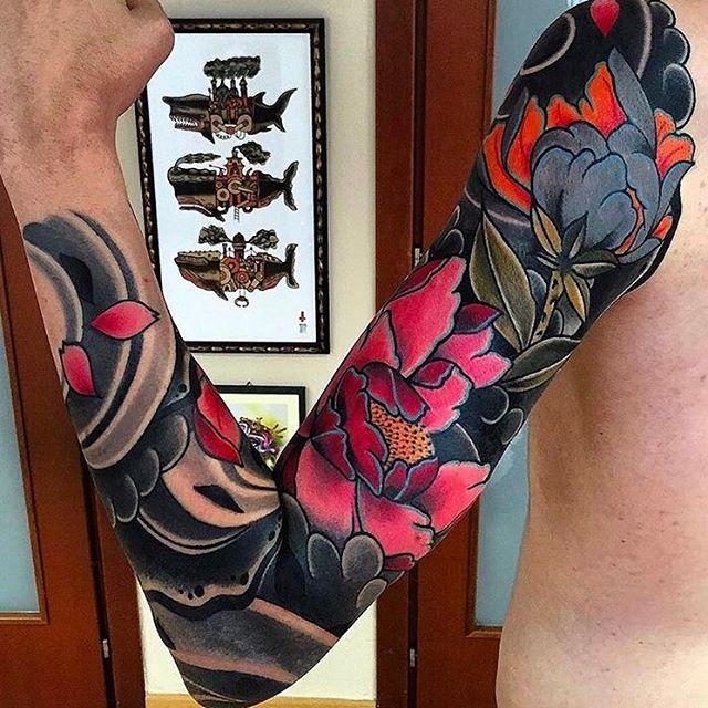 Japanese tattoo sleeve by @pablo_de_tattoolifestyle.  #japaneseink #japanesetattoo #irezumi #tebori #colortattoo #colorfultattoo #cooltattoo #largetattoo #armtattoo #tattoosleeve #flowertattoo #peonytattoo #blackwork #blackink #blacktattoo #wavetattoo #naturetattoo