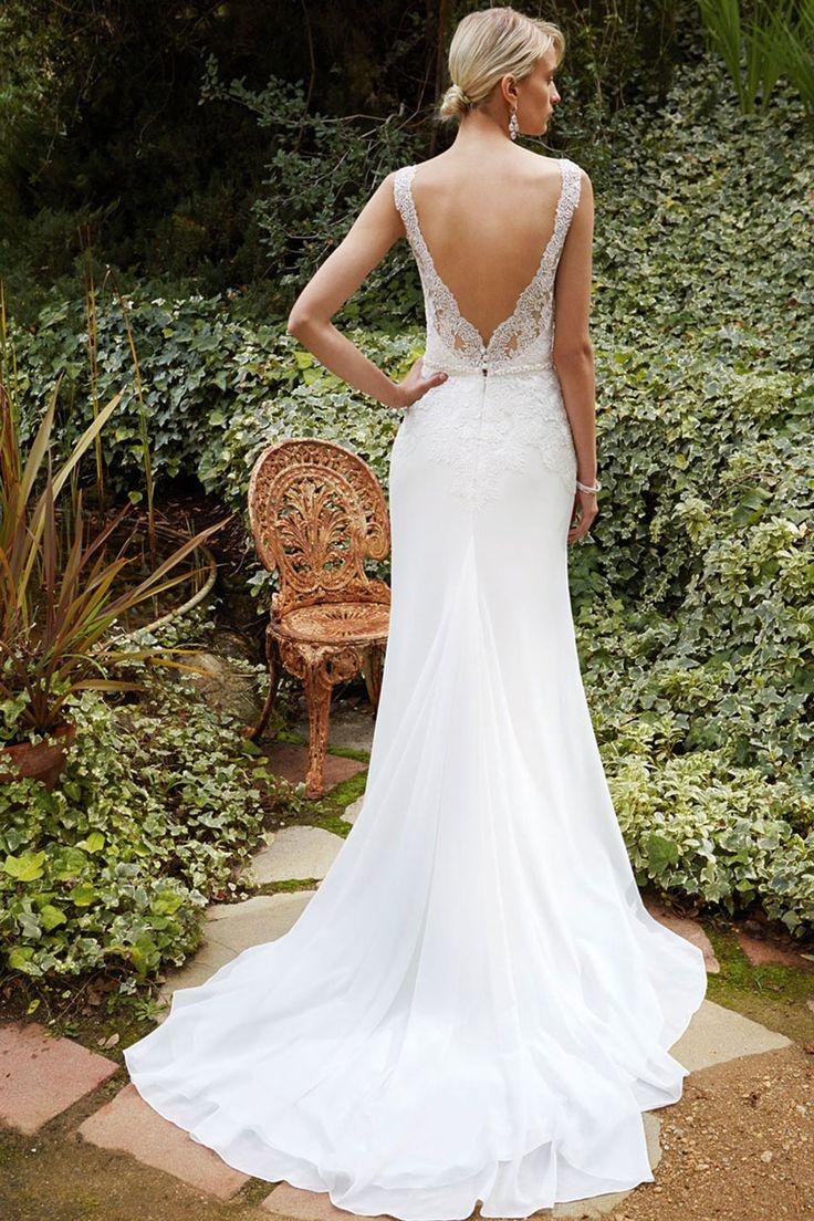 BT16-26 Beautiful by Enzoani | Wedding Dresses | www.guidesforbrides.co.uk