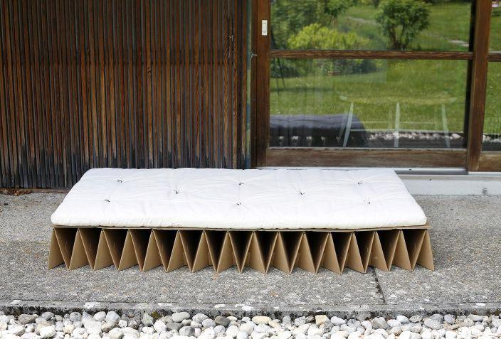 кровать из картона Itbed с футоном