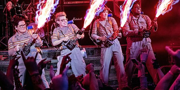'Ghostbusters' Review: Melissa McCarthy & Team  Resurrect All The Fun Of The Original