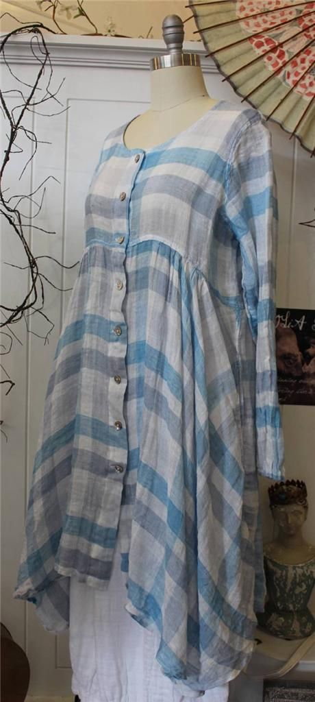 Grizas linen tunic. Looks very airy.