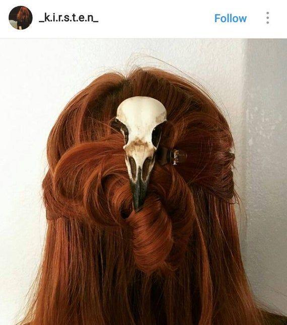 Crow Skull Hair Clip Magpie Skull Replica Resin Bird Skull Etsy In 2020 Hair Clips Crow Skull Witch Hair