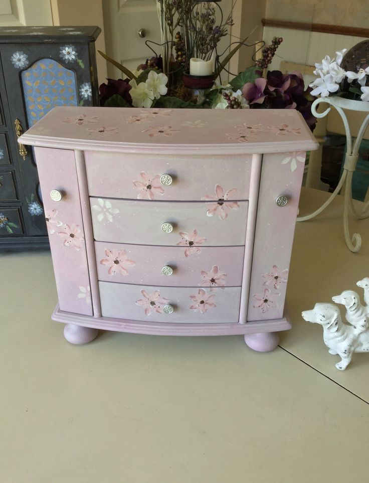 Wooden Vintage Jewelry Box // OOAK Designer Jewelry Chest / Painted Shabby Chic Upcycled Jewelry Box by ByeByBirdieDesigns on Etsy https://www.etsy.com/listing/496778358/wooden-vintage-jewelry-box-ooak-designer