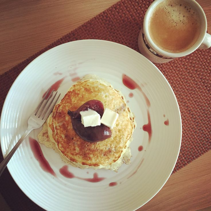 Pancakes topped with fig compote