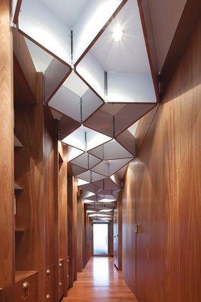 Ceiling detail, Law firm NZ : Cheshire Architects. - Um detalhe no forro pode fazer toda a diferença.