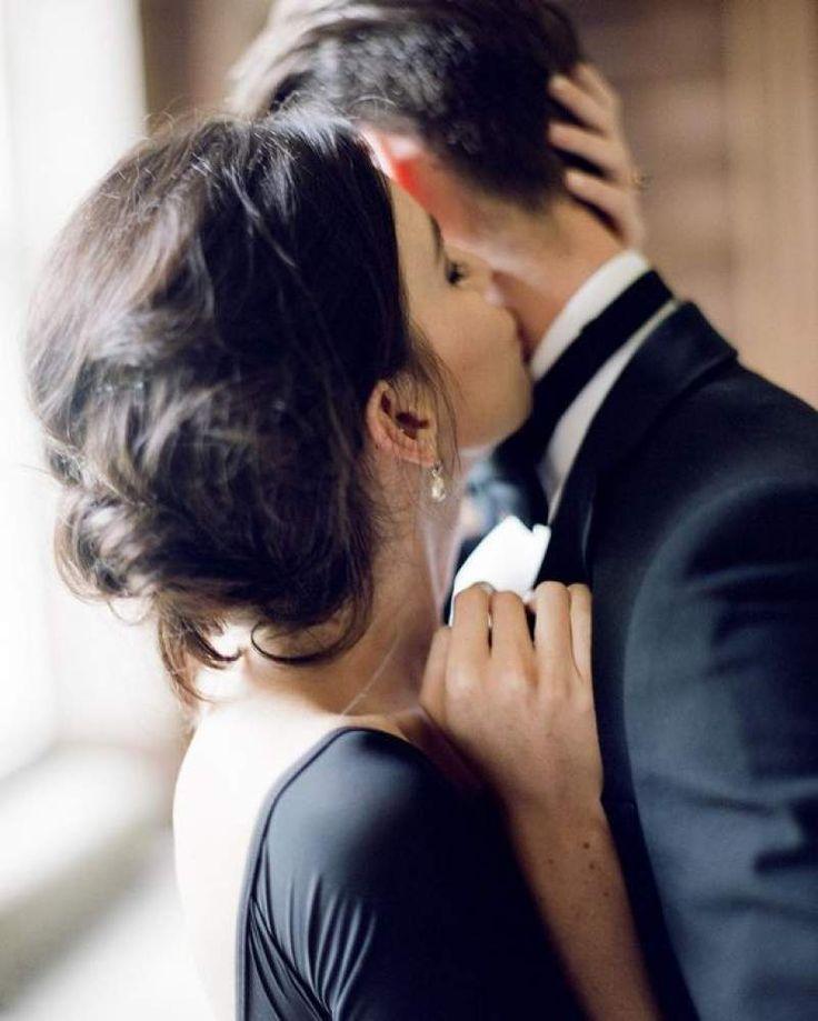 что поцелуй в голову молодые так…