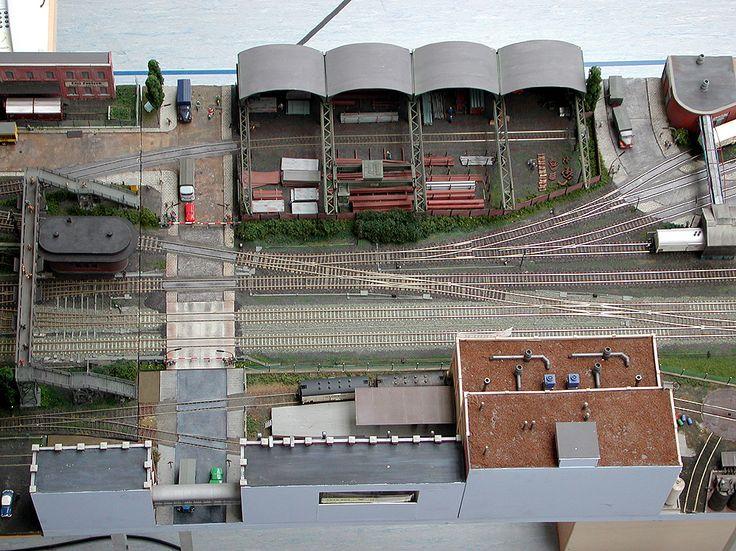 Betriebsstellen beim Bf BREBECK- HOHENTOR -Stahlhandel oben - Marmeladenfabrick unten