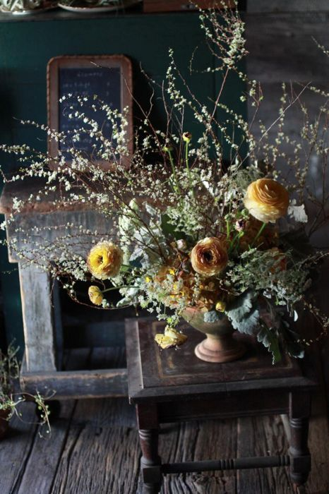 .: Fall Flowers, Rustic French Country, Art Photography, Flowers Arrangements, Flower Arrangements, Bouquets, Floral Arrangements, Weights Loss, Branches