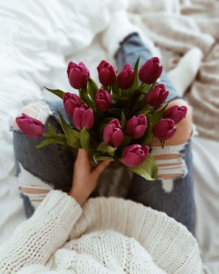 """Polubienia: 2,062, komentarze: 132 – M A L W I N A (@my_lifestyle31) na Instagramie: """"Hejka kochani🌷 Jak ja się cieszę że zaczął się sezon na tulipany bo od razu zdjęcia nabierają…"""""""