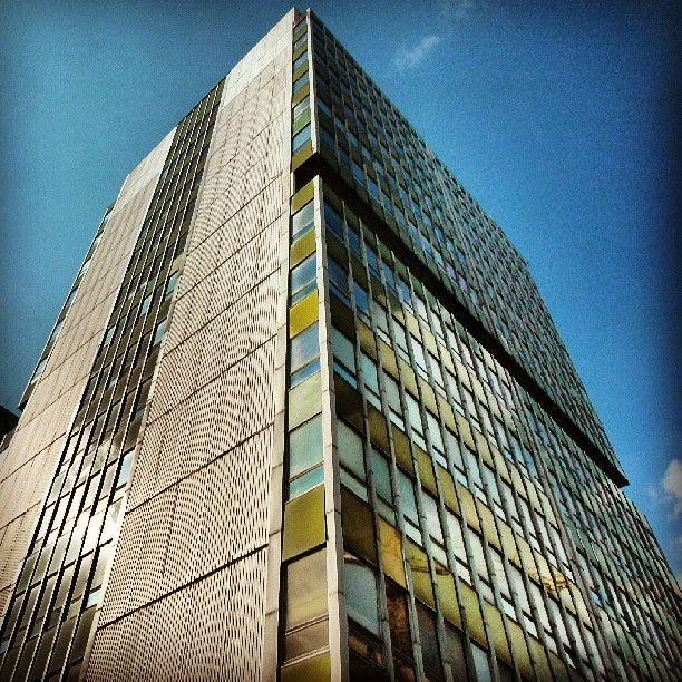 Found on #Starpin. #architecture #modernism #yellow #reflections #skyscraper #70s #tinware #metal #university #ump #poznan #Poznań #jezyce