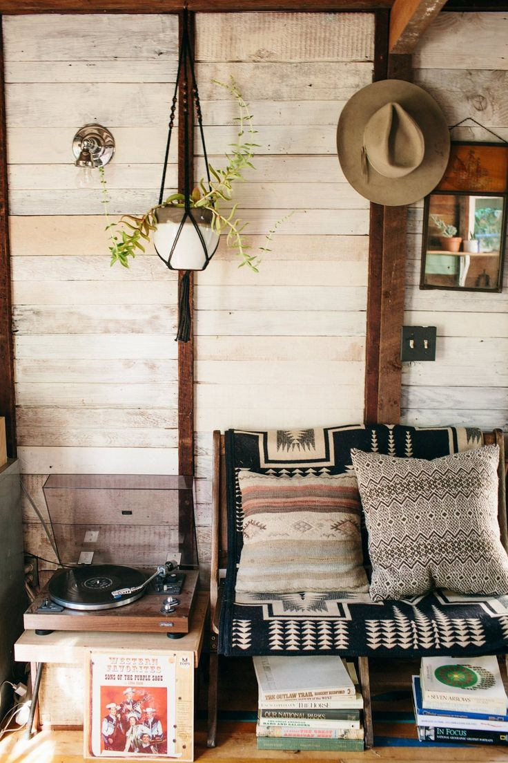 Textiles and textures - Coralie's Cozy, Southwest-Inspired One Room Cabin in the Pacific Northwest