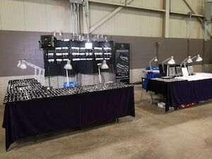The last show in November is the London Gem & Mineral Show. The show is located in London, ON.It is approximately 2-3 hours drive from Toronto. We finally can rest for a few days. We visited the biggest mall in Toronto – The Yorkdale Mall. It literally has all the stores that I could ...