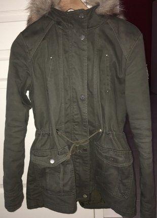 À vendre sur #vintedfrance ! http://www.vinted.fr/mode-femmes/manteaux-dhiver/25863680-manteau-kaki-pimkie-38
