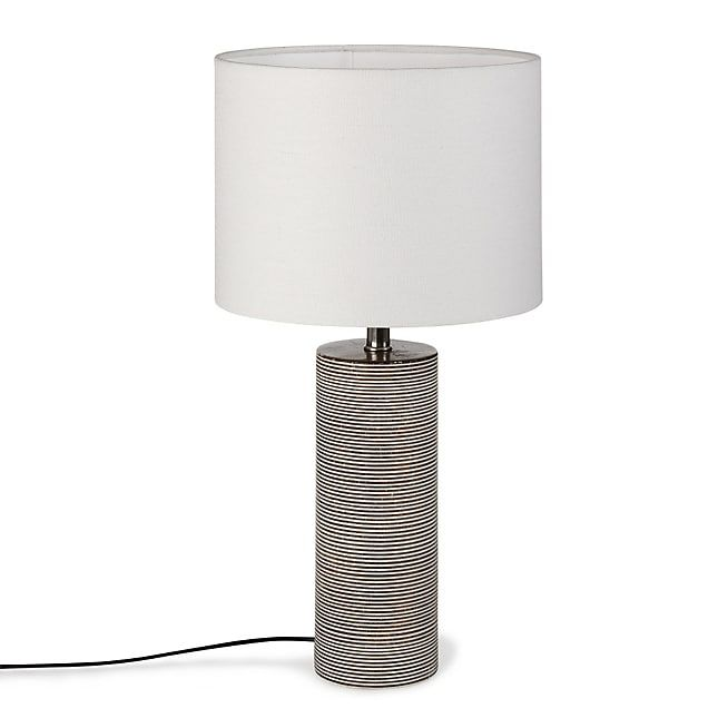Kandi Lampe à poser en bois strié avec abat-jour blanc H41cm