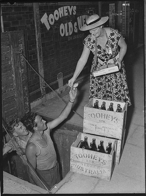 Maitland flood appeal, button sellers, 4 March 1955