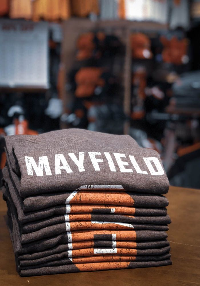 419d281ec Baker Mayfield Cleveland Browns Brown Name   Number Short Sleeve Fashion  Player T Shirt -Show support for your favorite player in this  BakerMayfield  ...