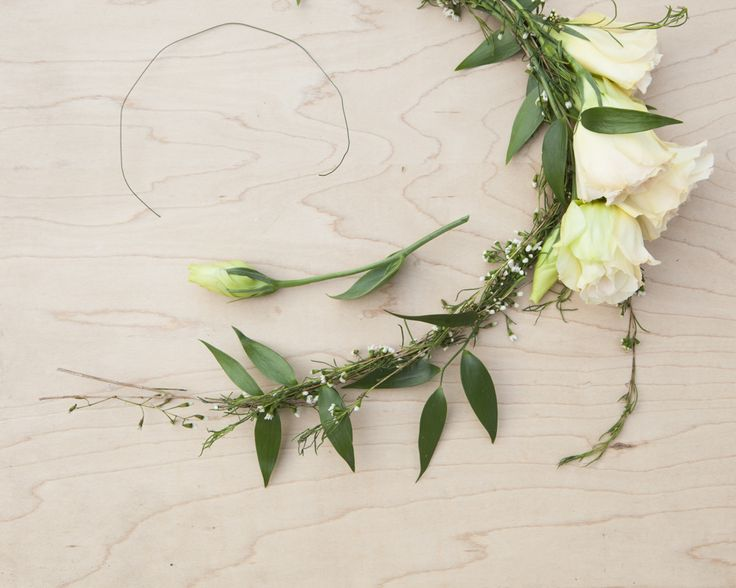 #DIY Floral Wedding Crown Tutorial