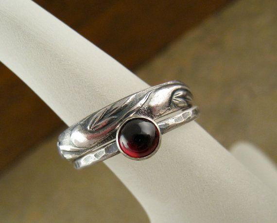 Hammered Sterling Silver Garnet Wedding Ring Set, Silver Stack Ring & Floral Botanical Silver Wedding Band Set