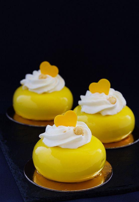 """Торт """"Апельсиново-абрикосовый""""... и еще немного вкусняшек."""