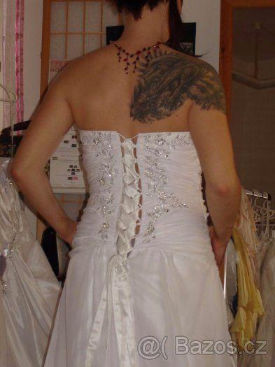 Bílé svatební šaty (i pro těhotné) - 1