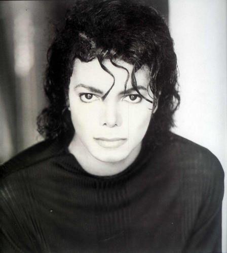 Michael Jackson - Phenomenal performer, dancer and musician