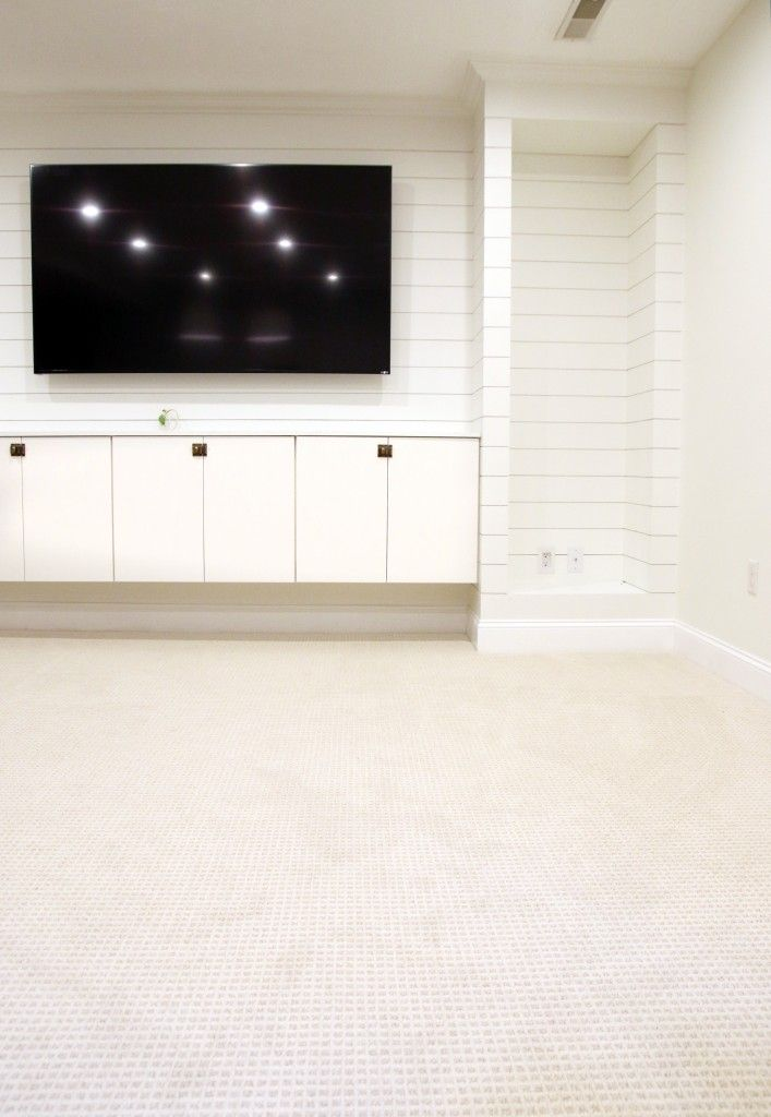 Tips For Choosing Wall-to-Wall Carpet in a Modern, Family Setting | Chris Loves Julia