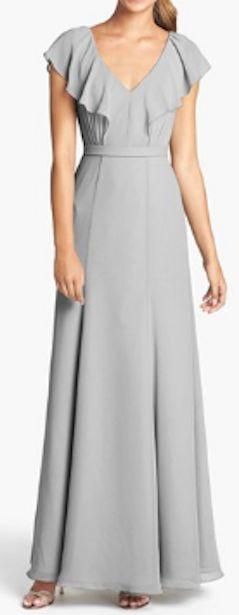 Beautiful grey chiffon dress http://rstyle.me/n/kd98vnyg6