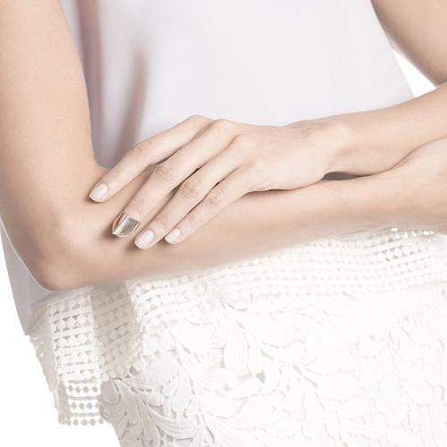 Серебряное кольцо на ноготь 8200р