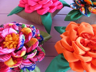 Viva as Cores: Peso de porta rosa de chita