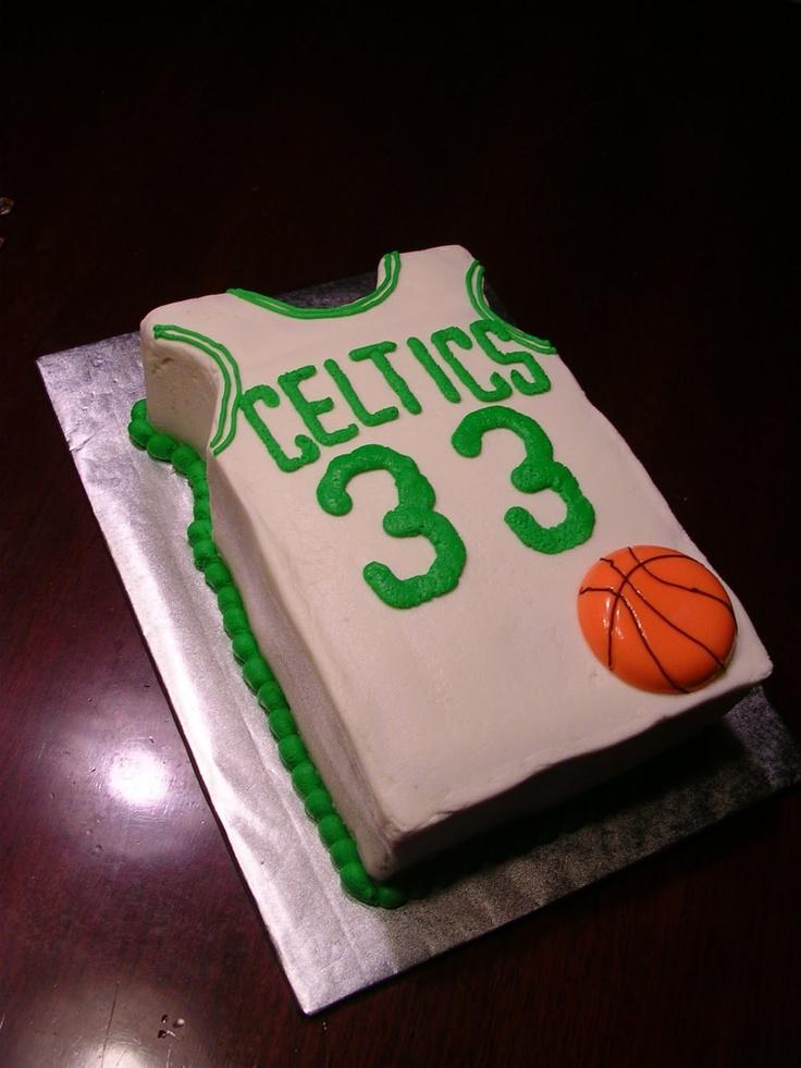 Larry Bird cake for a 33rd Birthday! #celtics #baking #cakes
